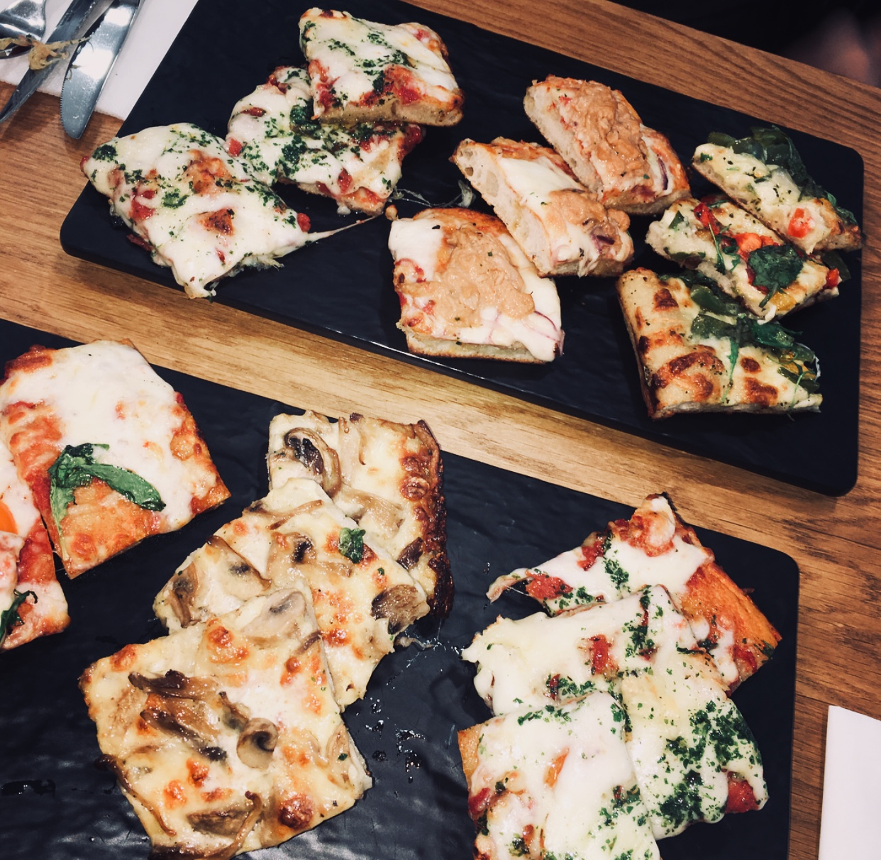 Pizzas recette originale - Pizzeria cacher - Itaglio